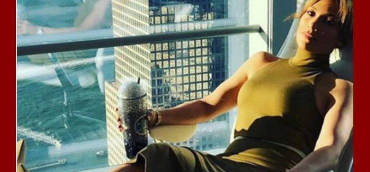 Esto es lo que hace Jennifer Lopez para parecer más joven