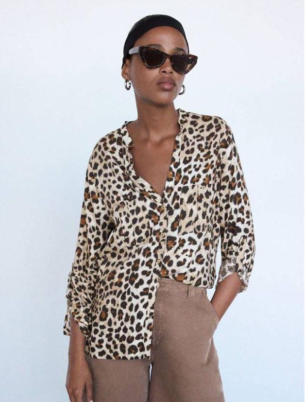 Camisa con print de leopardo