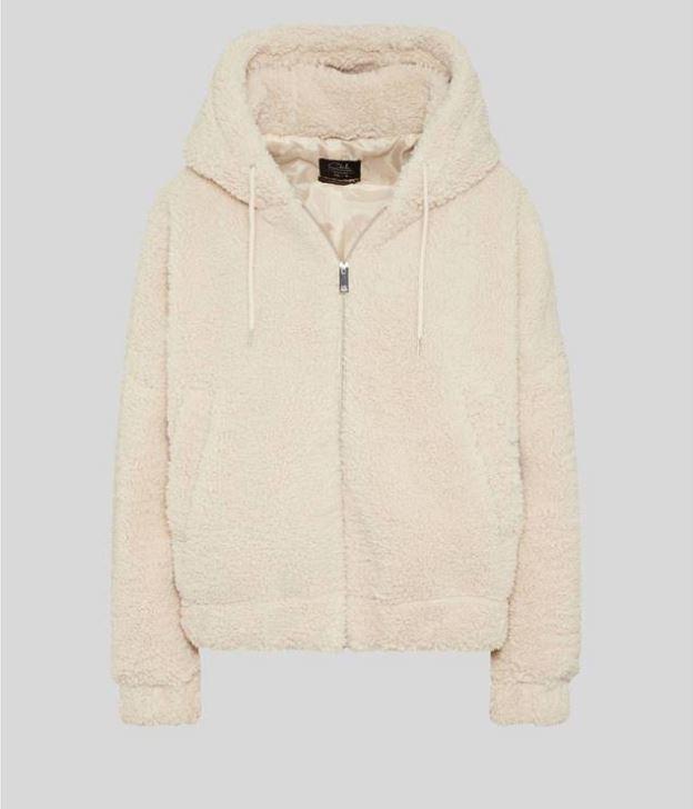 abrigo teddy con capucha