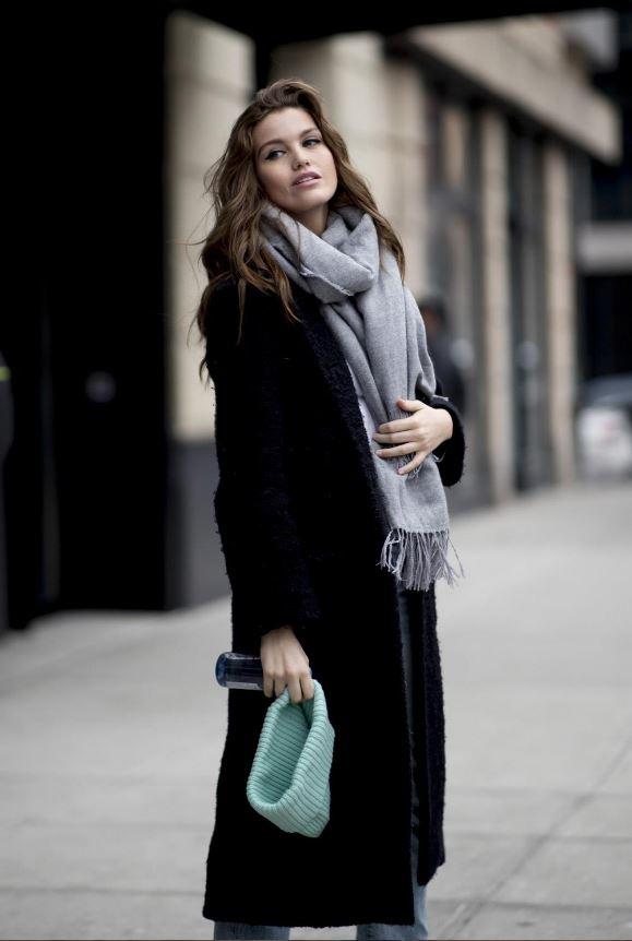 Cómo vestir bien cuando hace frío: gorros y bufandas