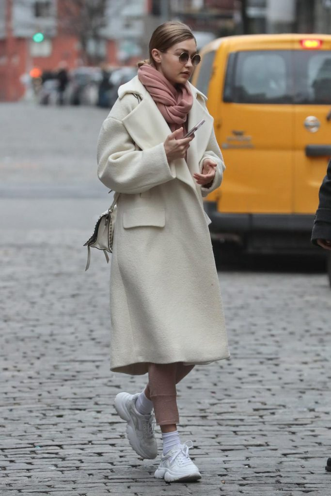 Cómo vestir bien cuando hace frío: abrigos de paño